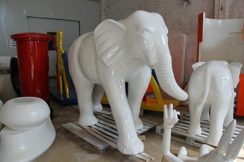 玻璃钢雕塑大象