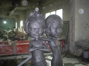 990990人物雕塑